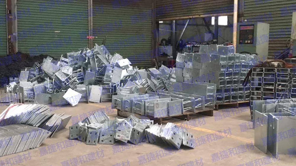 嘉捷和建材老板与员工出差珠三角地区开发新客户-深圳市嘉捷和建材有限公司